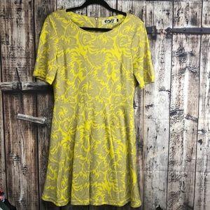 Envy Amazingly Chic LG yellow/tan dress